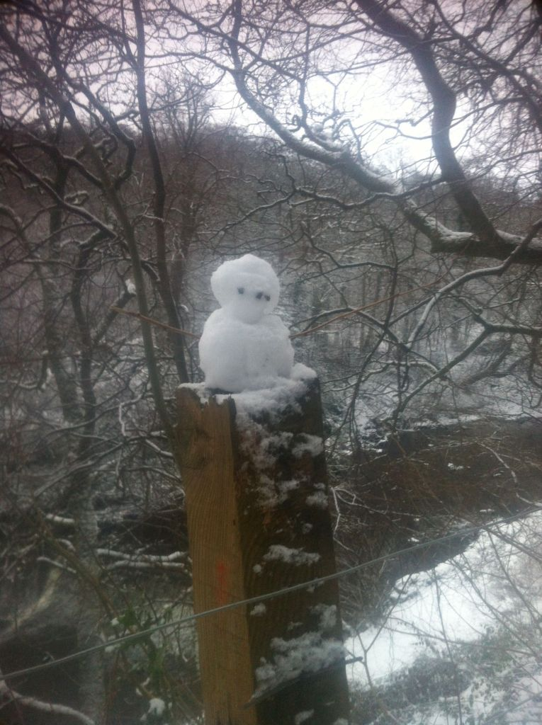 fencepost snowman