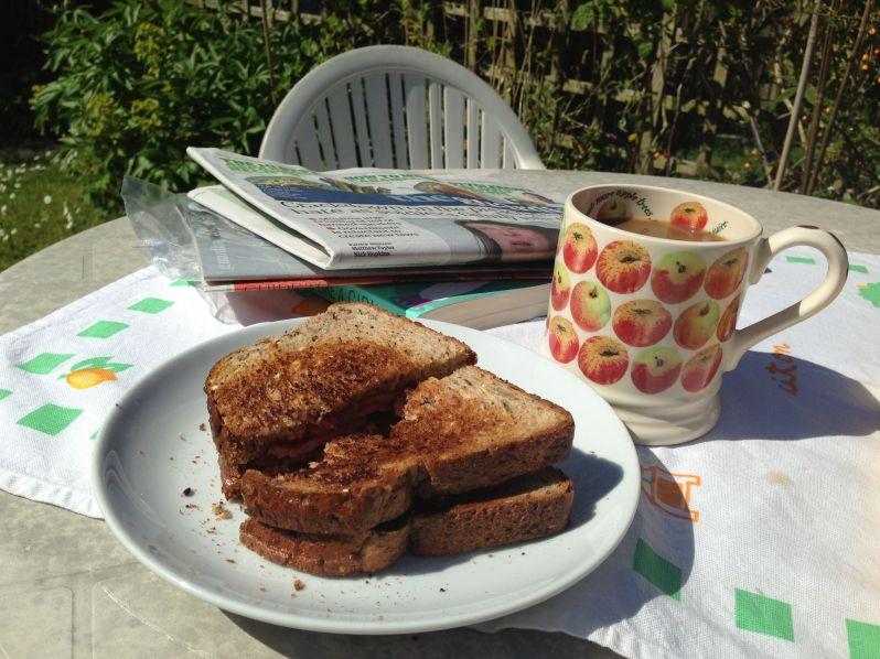 Garden breakfast