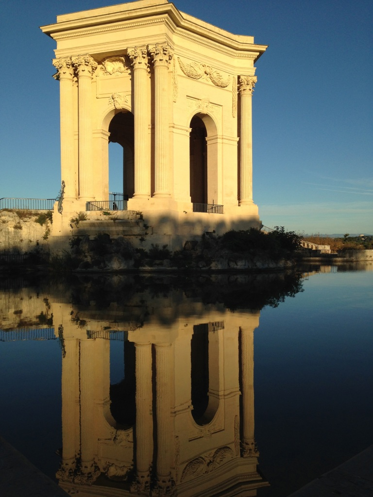 monument reflection